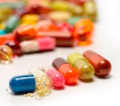Рис. 1 При геморроидальных узлах используются для лечения различные формы медикаментов