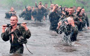 Рис. 2. Тяжелые физические нагрузки могут вызвать геморрой в армии